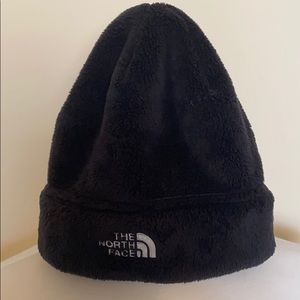 North face women's hat👑